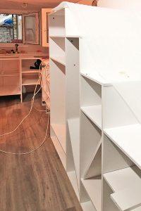 Rolling Tiny House Einbau der auf Maß gefertigten Möblierung